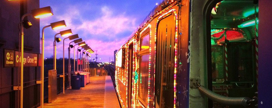 Holiday Train at dusk at Cottage Grove