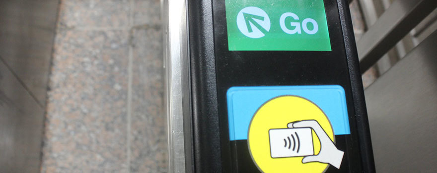 "Fare reader saying ""Go"""